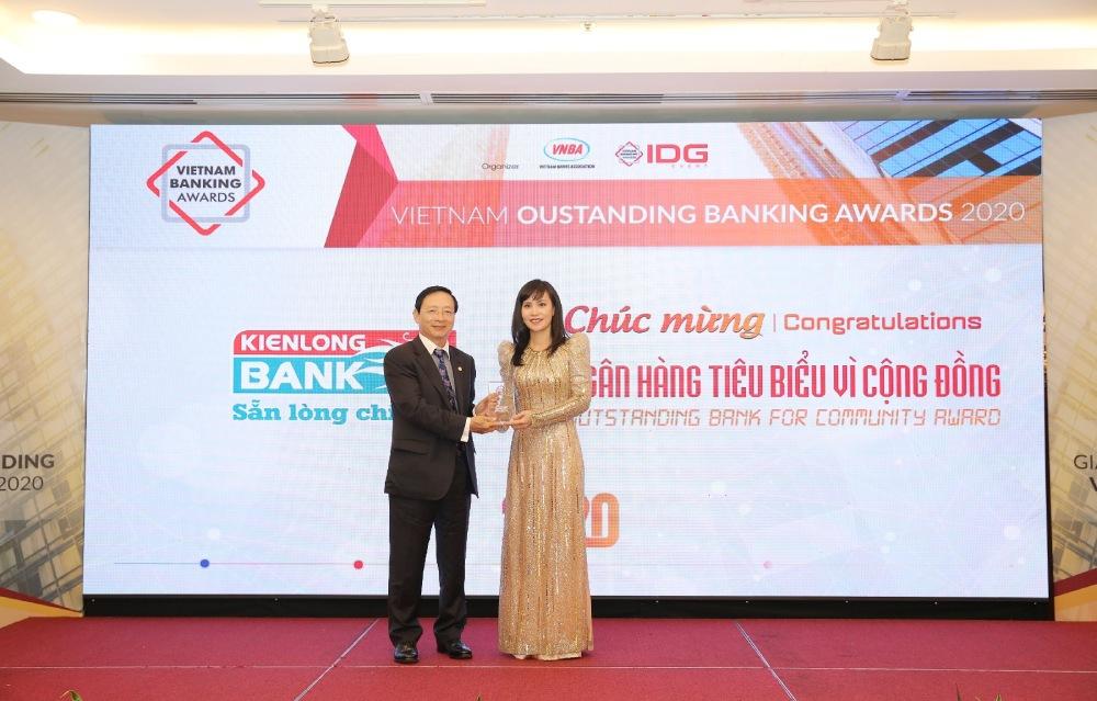 kienlongbank giải thưởng